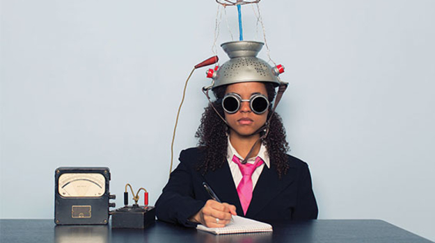 Articles woman colander on head